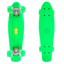 Pennyboard Maronad Retro W/ Light Up Wheels - Green