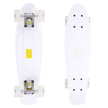 Pennyboard Maronad Retro W/ Light Up Wheels - White